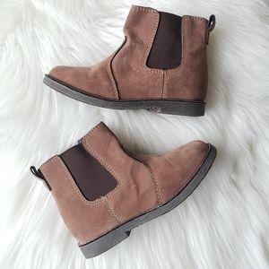 Boy's Cherokee Brown Zip-Up Chelsea Boots, Size 9